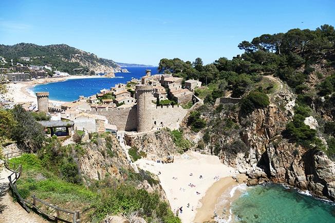 Playas de Cataluña - Playas Catalanas en la Costa Brava en Gerona, Costa Dorada en Tarragona y Costa Garraf y Costa del Mareme en Barcelona - Imagen Costa Brava