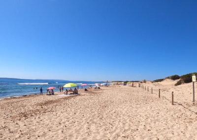 Platja Es Cavallet en Eivissa (Illes Balears)