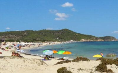 Playa Es Cavallet en Sant Josep de Sa Talaia (Ibiza)