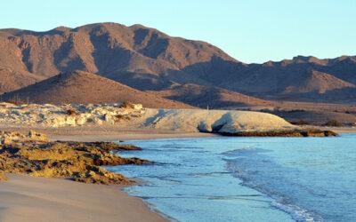Playa de Los Genoveses en Níjar
